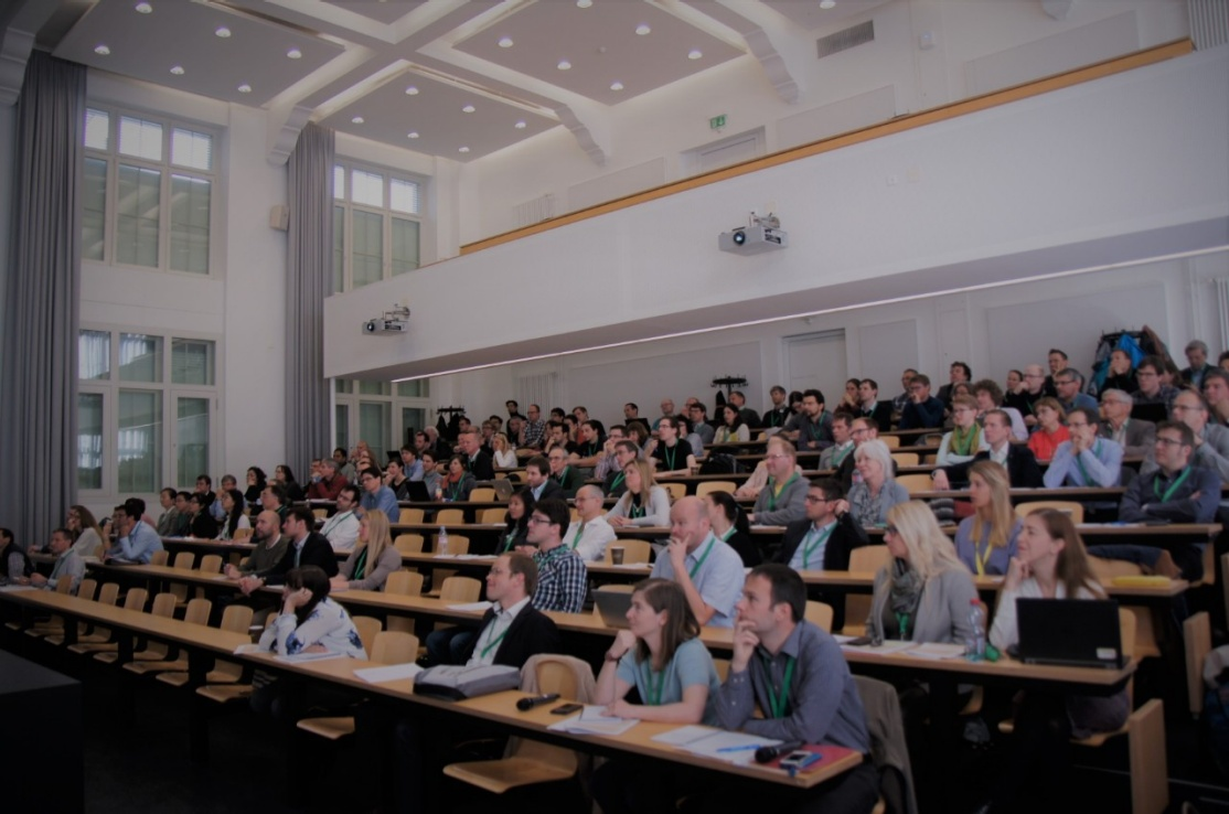 Affichage aggrandi: L'auditorium pendant la conférence. Photo : Université de Berne